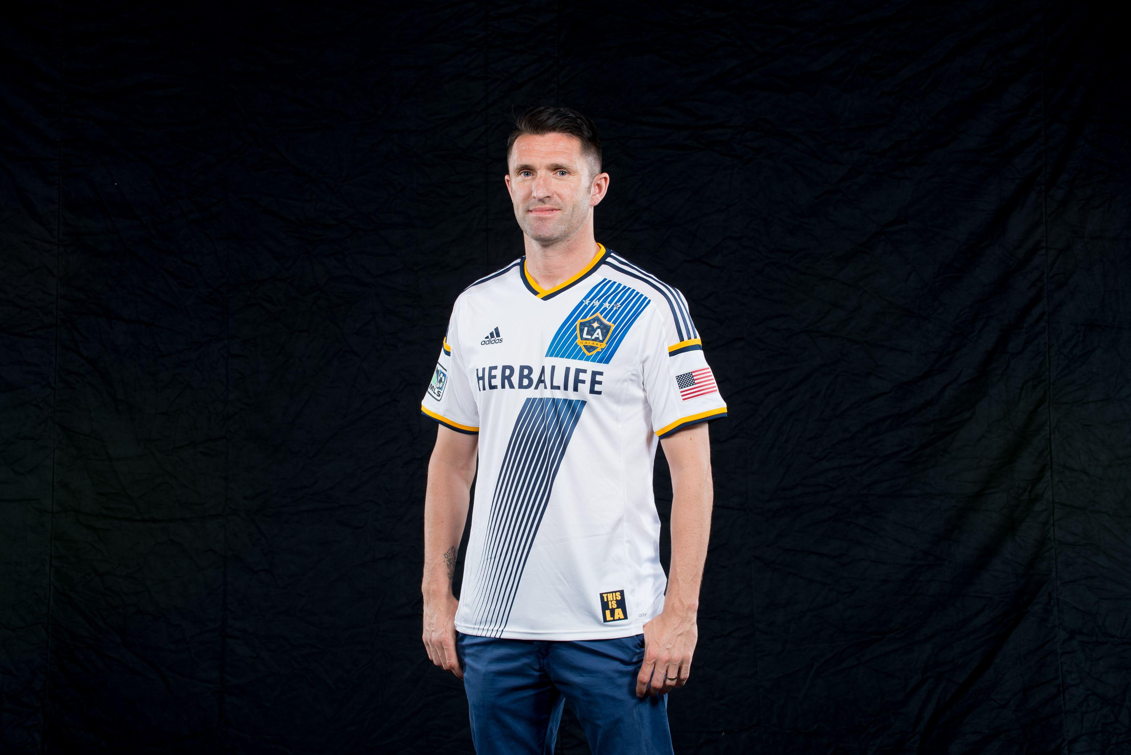 updated m willis takes on the new kit corner of the galaxy robbie keane ur