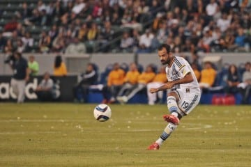 Photo By Mora / LA Galaxy
